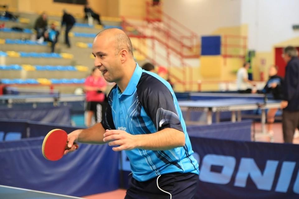 L'atleta della Muraverese Riccardo Dessì si è infortunato (Foto Tomaso Fenu)