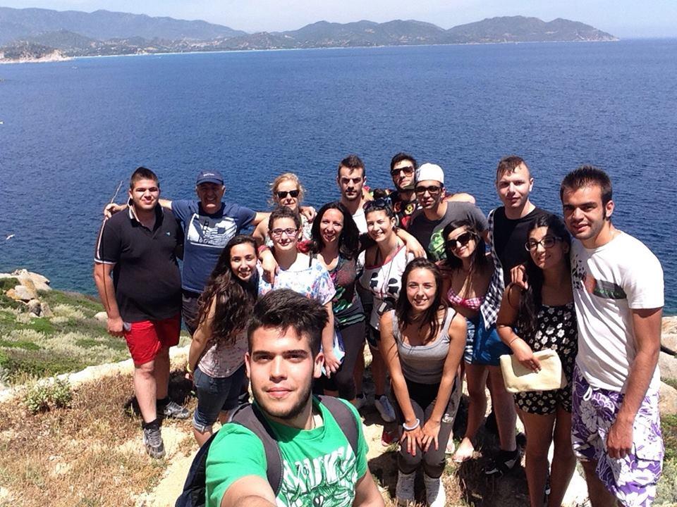 Foto di gruppo tra i partecipanti all'escursione premio di Villasimius
