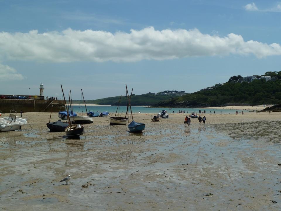 Altro paesaggio da bassa marea (Foto Gianna Saba)