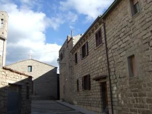 Aggius-scorcio-centro-storico-300x225