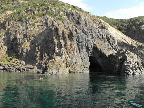 la_grotta_dei_colombi_by_lmmphotos-d7xzvh0