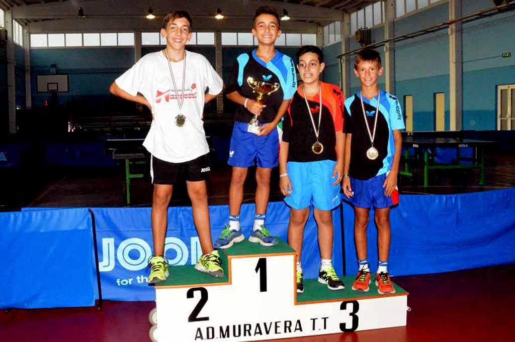 Il podio nel singolo maschile (Foto Luciano Saiu)