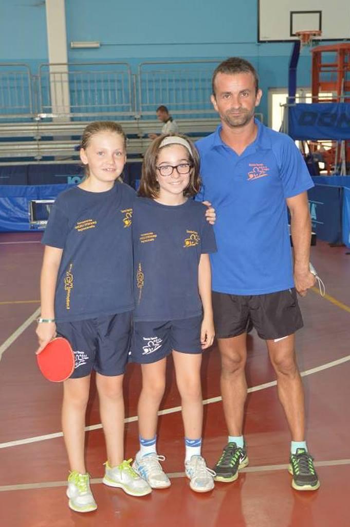 La squadra dell'Acli Lugo di Romagna con l'allenatore rumeno Scurtu (Foto Luciano Saiu)