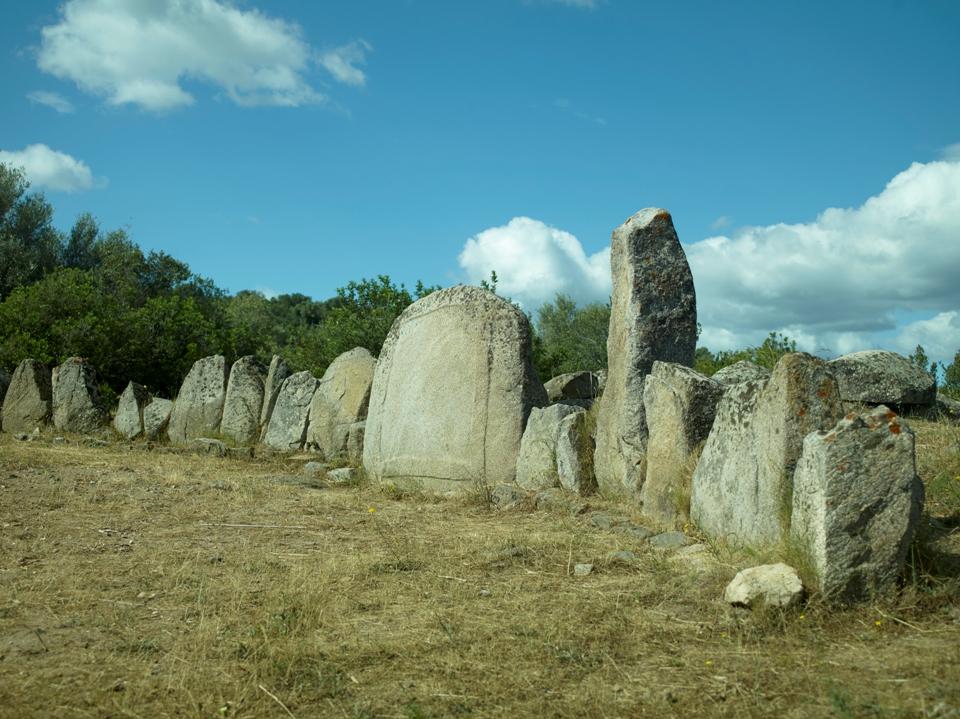 Tombe dei giganti a Su Ortali e Su Monti (Tortolì)